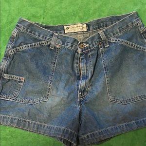 Jean shorts American Eagle, size 12